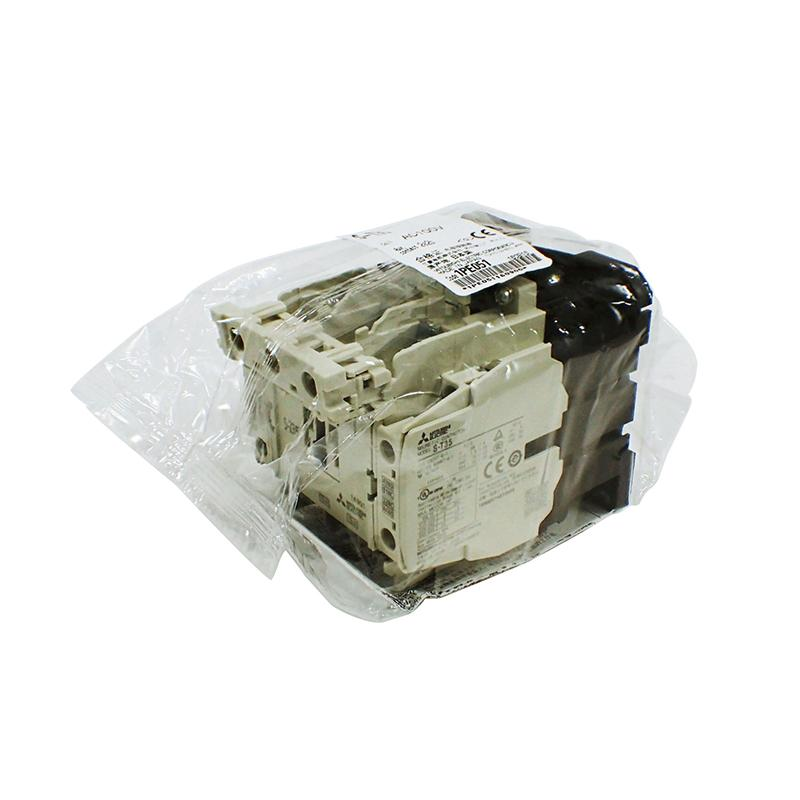 三菱MITSUBISHI 接触器,S-T35 AC200V 2A2B C