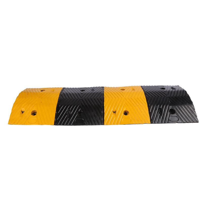 力畅100x30x4cm优质橡胶人字形减速带